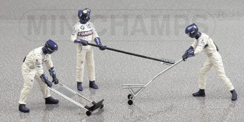 1:43 Scale BMW Williams Jack Set