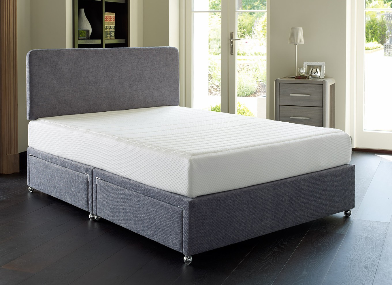 5 0 king creation equilibrium memory foam divan bed for Divan king bed