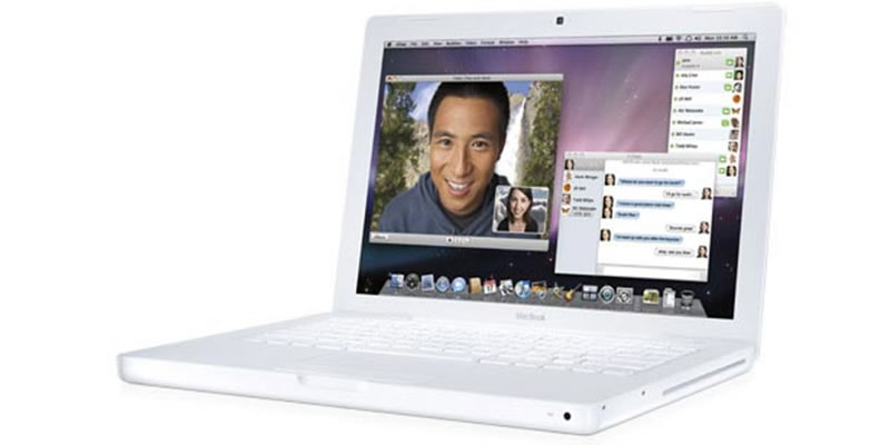 Apple MacBook Laptop in White - MB881B/A