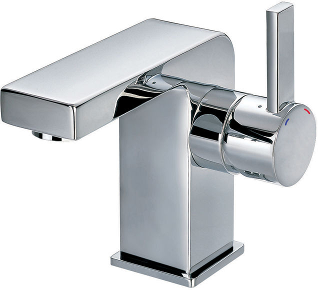 Hazel basin mixer with clicker waste