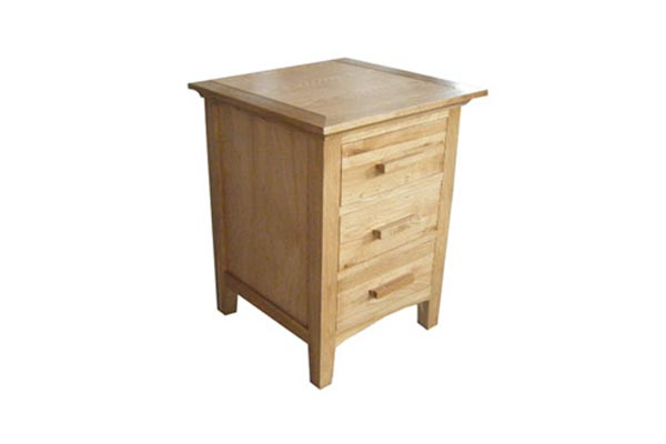 Kendall Oak 3 Drawer Bedside Cabinet