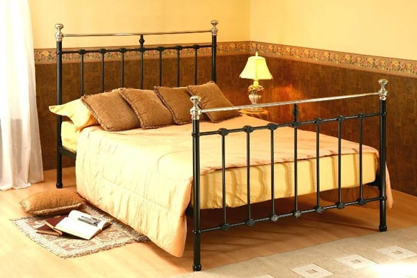Bedworld Discount Victoria Stone White Metal Bed Frame