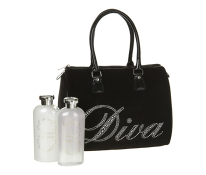 Diva bag with toiletries.