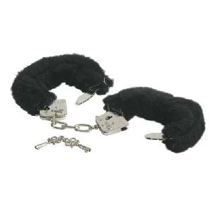 <img:http://www.comparestoreprices.co.uk/images/bl/black-furry-handcuffs.jpg>