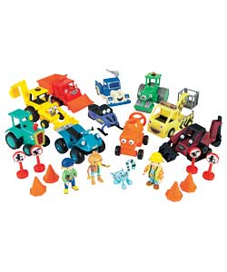 Bob the Builder 10 Vehicle Set Mega Deal product image