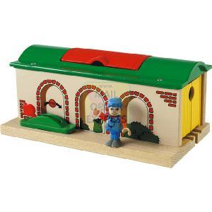 BRIO Stop and Go Shed
