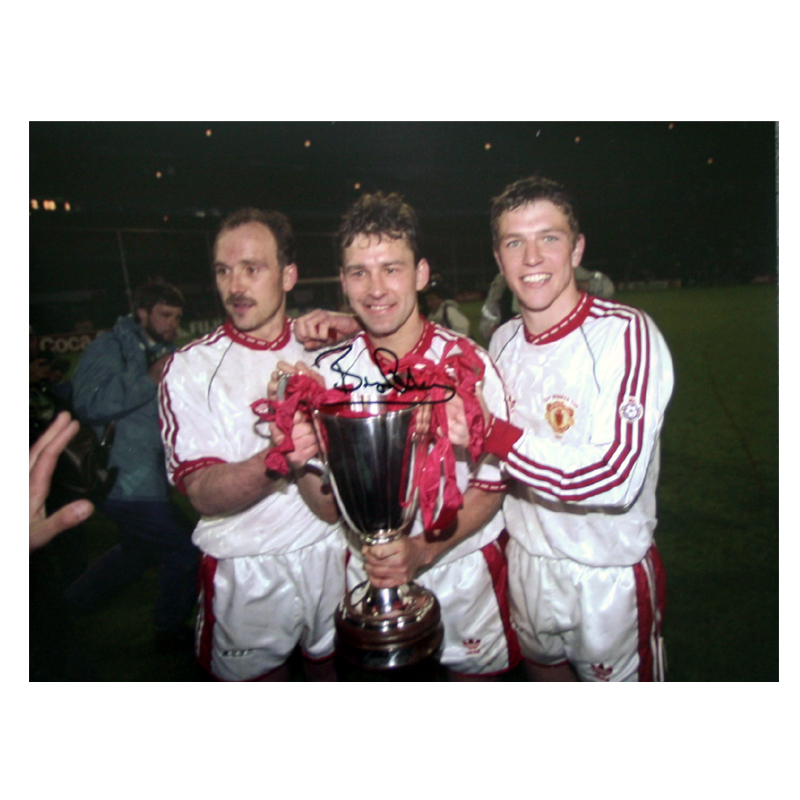 Robson Signed Manchester United Photo: 1991 European Cup Winners Cup