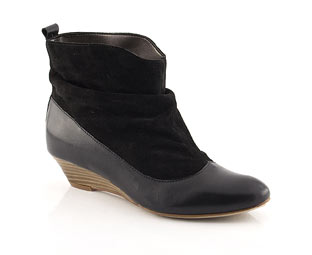 Bullboxer Ankle Boot With Wedge Heel