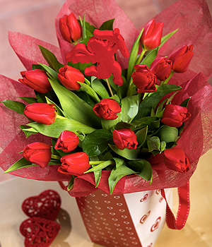 Bunches.co.uk Romantic Tulips Gift Bag SDTULB