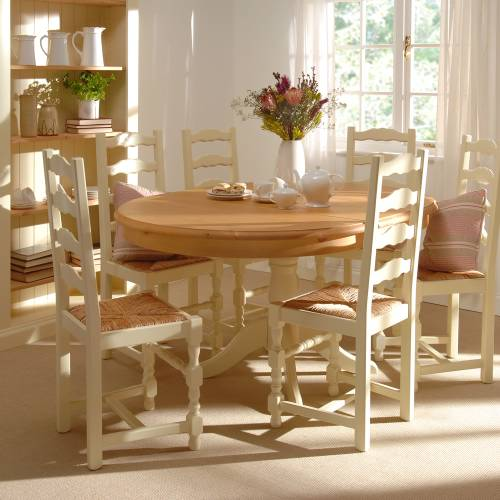 Chichester Dining Table and 6 Chairs 820.033