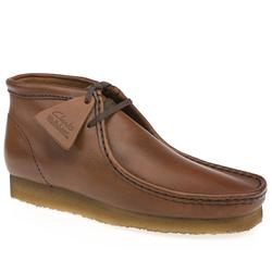 Clarks Originals Male Wallabee Boot Leather Upper Alternative in Tan