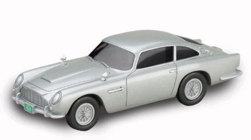 James Bond Casino Royale Directors Cut Aston Martin DB5