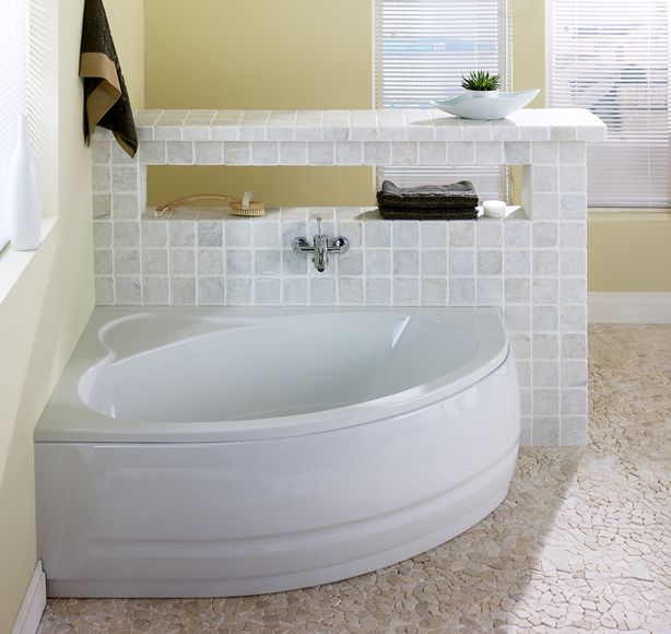 Corner bath macaw 1500 x 1000 offset left review for Small baths 1500