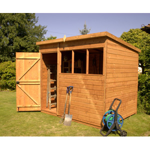 With its generous height the County Pent is ideal when used as a workshop or general storage unit. Features include tongue and grooved shiplap cladding two fixed windows and green mineral roofing felt. (8ft x 6ft model is pictured) - CLICK FOR MORE INFORMATION