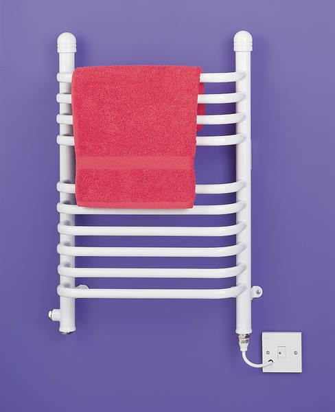 BR150W 150W 43cm Ladder Towel in White