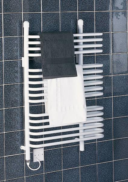 BR400 400W 63cm Ladder Towel Rail in White