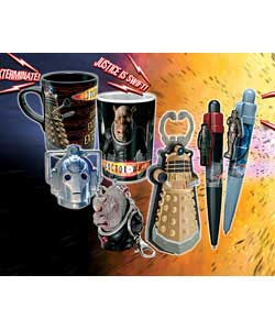 This Doctor Who branded set includes Dalek bottle opener with sound, 2 x sound mugs, 2 x sound key c - CLICK FOR MORE INFORMATION