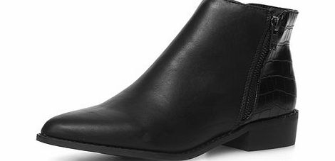Dorothy Perkins Womens Black pointed ankle boots- Black DP22263610