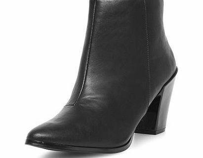 Dorothy Perkins Womens Black pointed ankle boots- Black DP22295510