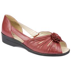 Female Silvana EE Fit Shoe Leather Upper Textile Lining Casual Shoes in Dark Red, Pewter