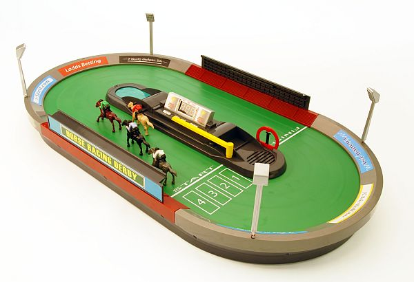 everythingplay Horse Racing Derby Game