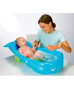 fisher price whale of a tub review compare prices buy online. Black Bedroom Furniture Sets. Home Design Ideas