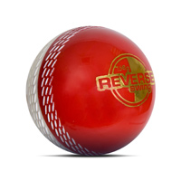 Nicolls Reverse Swing Cricket Ball - Senior.