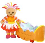 Hasbro Playskool In the Night Garden Upsy Daisy and her Chase and Play Bed