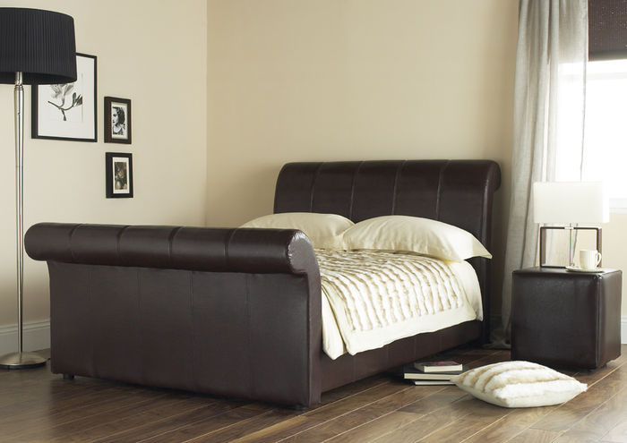 http://www.comparestoreprices.co.uk/images/hy/hyder-international-beds-shanghai-4ft-6-double-leather-bed.jpg