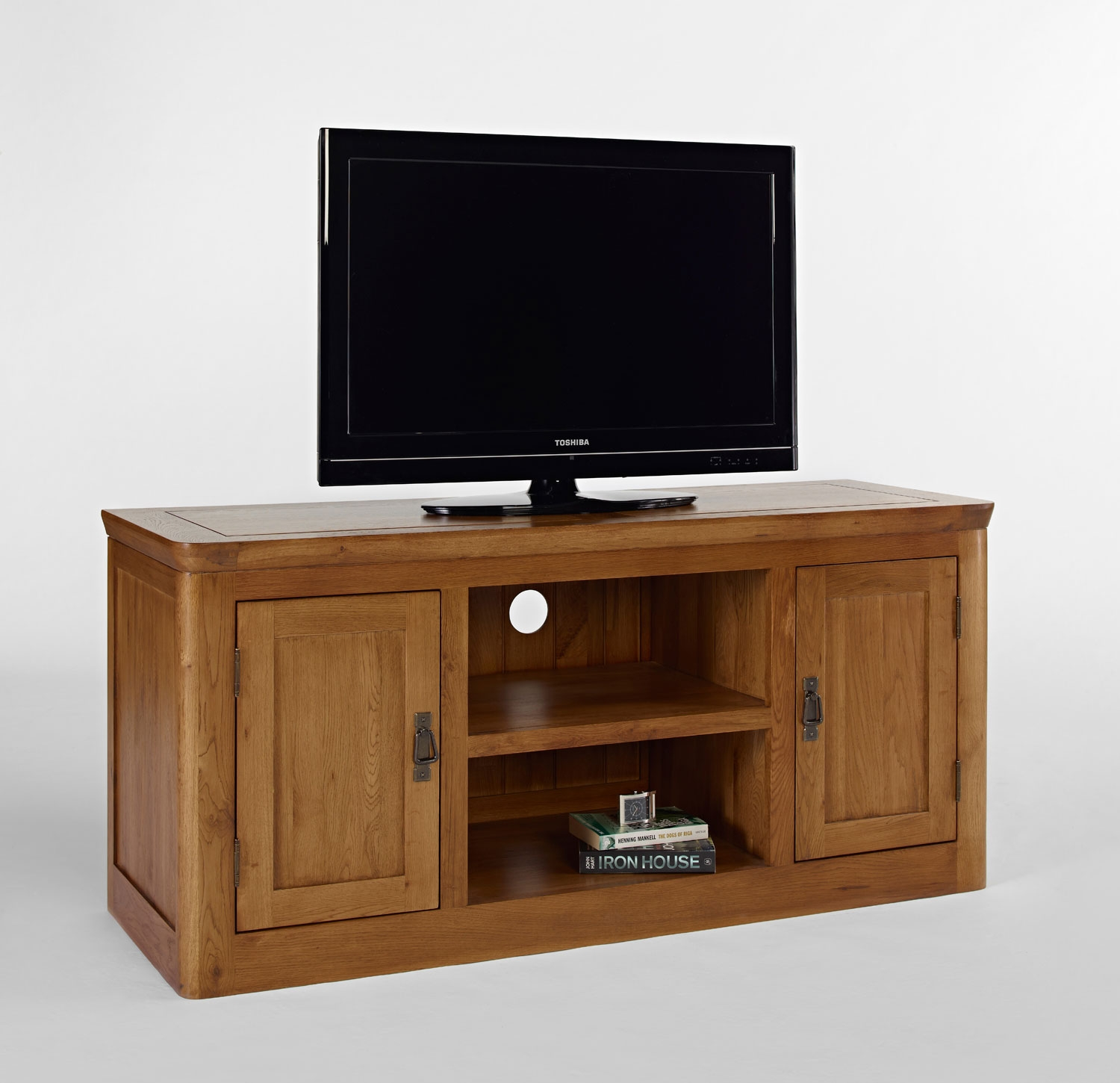 oak corner tv stand. Black Bedroom Furniture Sets. Home Design Ideas