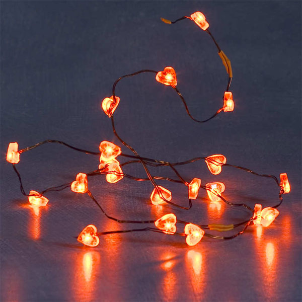 http://www.comparestoreprices.co.uk/images/ko/konstsmide-flashing-static-mini-led-light-set--red-hearts.jpg