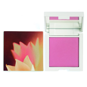 `Korres Colour Zea Mays Powder Blush - Pink Rose Velvety blush for a luminous effect. With corn starch powder particles for a smooth and even finish. Soft creamy texture for an easy and uniform application and a wide colour pallet ranging from natura - CLICK FOR MORE INFORMATION