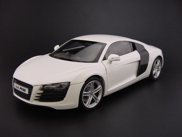 White Audi R8 Price submited images | Pic2Fly