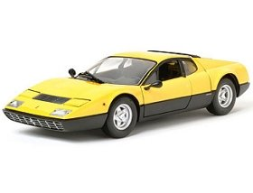Kyosho Die-cast Model Ferrari 365 GT4 (1:18 scale in Yellow)