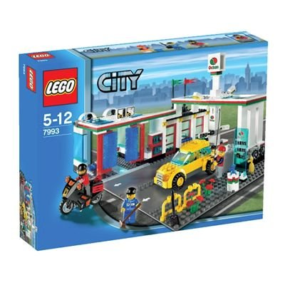 lego city 7993 service station building toy review. Black Bedroom Furniture Sets. Home Design Ideas