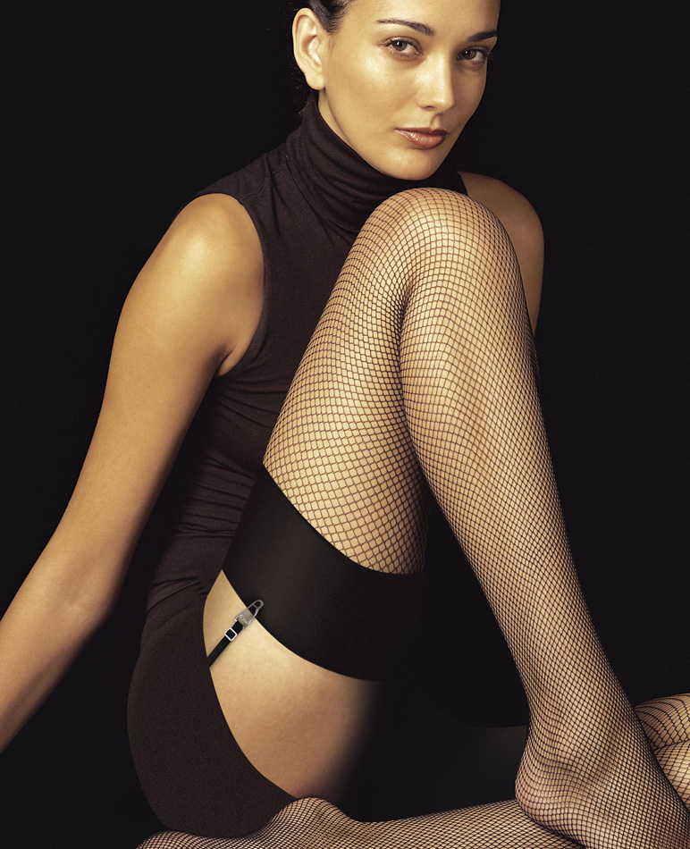 fishnet stocking:
