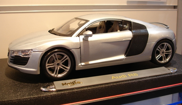 Maisto Audi R8 In Silver Review Compare Prices Buy Online