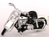 Die-cast Model Harley Davidson Duo Glide (1:18 scale in White)