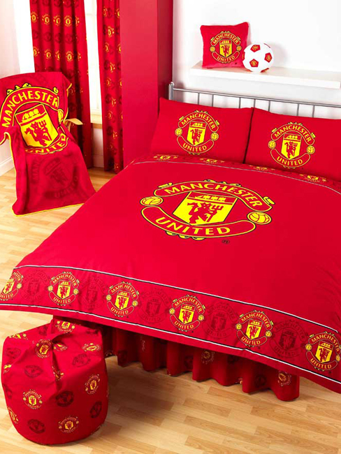 Manchester united bedding 28 images manchester united for Man u bedroom ideas