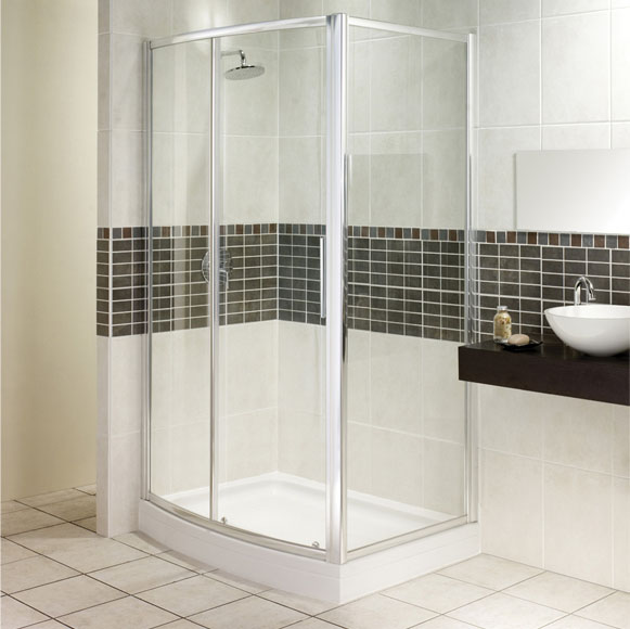 This timeless classic shower door from Manhattan is a fantastic space saving solution. The shower do - CLICK FOR MORE INFORMATION