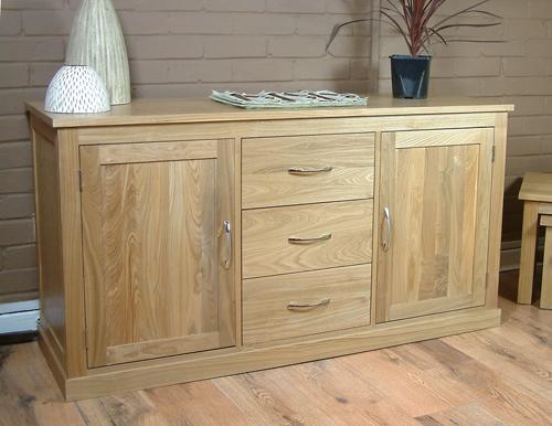 Contemporary oak side table for Mobel brugge