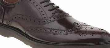 Momentum put their unusual twist on a classic with the Diffuse Brogue. The slick burgundy style is perfect for those smart/casual occasions - with iconic wing-tip detailing, a chunky rubber sole unit creates a contemporary finish. Leather upper. Leat - CLICK FOR MORE INFORMATION