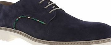 Momentum remake a classic silhouette as they provide us with the Gunnerside Gibson. The navy suede upper features overlay accentuated with a colourful printed trim, along with contrasting beige lacing. A cleated rubber sole unit gives an on-trend fin - CLICK FOR MORE INFORMATION