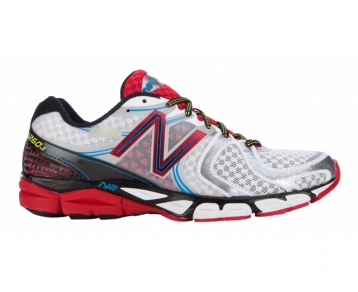 The New Balance 1260 v3 Mens Running Shoe is all about providing class leading stability for the runner who requires moderate stability combined with luxurious cushioning. The 1260v3 is all about combining these two characteristics with N2 that conti - CLICK FOR MORE INFORMATION