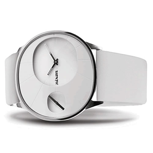 Look and feel beautiful this is the Nixon Rayna watch. With this on your wrist checking the time will become a compulsion that you always undertake in places where youll get maximum impact. Look at me look at me! - CLICK FOR MORE INFORMATION