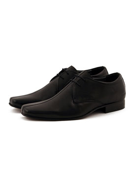 Peter Werth Leather Lace-Up Shoes - Mens leather shoes from Peter Werth - Square toe lace up shoe - Stitched centre seam - Embossed Peter Werth logo - Product Code: PW24706BLKAW - Material: Leather - Colour: Black Shoe Sizing (Approx): 7/EUR 41, 8/EU - CLICK FOR MORE INFORMATION