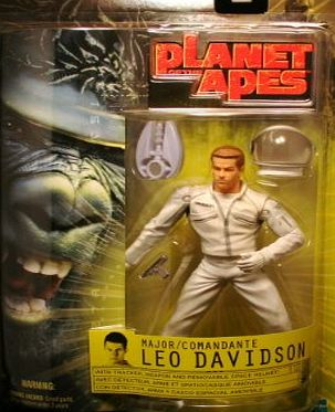 Planet of the Apes MAJOR LEO DAVIDSON w/ Large Tracker, Weapon, amp; Removable Space Helmet PLANET OF THE APES Action Figure