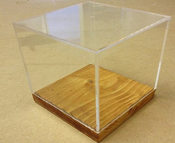 Pop Display 5 sided Clear Acrylic Box, Cube, Display Case, Cake Separator with wood bases (200mm x 200mm x 200mm)