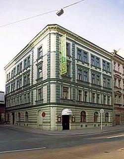 Prague compare hotel prices for Boutique accommodation prague