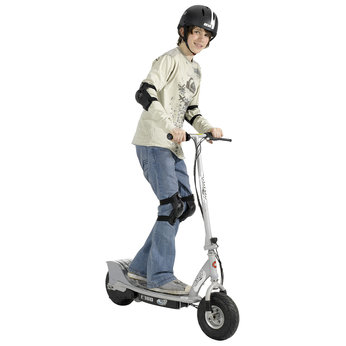 Cheap Electric Scooters on Cheap Scooters Recreation E300 Razor Electric Scooter   Compare Prices